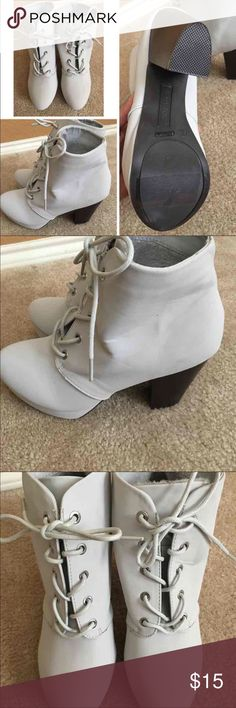 Brand-new women's size 9 gray ankle boots Women's size 9 brand-new never worn ankle boots color is light gray. No box Shoes Ankle Boots & Booties