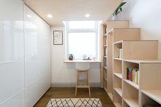 multi purpose stairs and bookshelf