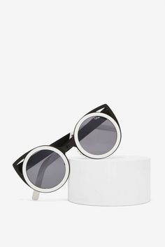 Quay Let's Dance Cat-Eye Shades | Shop Accessories at Nasty Gal!