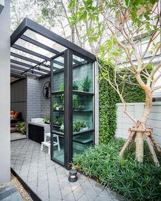 Small Backyard Gardens, Backyard Patio Designs, Backyard Landscaping, Dirty Kitchen Design, Outdoor Kitchen Design, Design Jardin, House Extensions, Glass House, Outdoor Living
