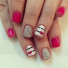 Heart Nail Art Designs 2018 - Our Nail Designs Fancy Nails, Love Nails, Trendy Nails, My Nails, Valentine's Day Nail Designs, Simple Nail Designs, Nails Design, Pedicure Designs, Manicure Ideas