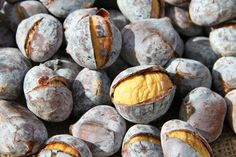 Roasted Chestnuts For Desserts Delicious Desserts, Yummy Food, Roasted Chestnuts, Cookies, Pretzel Bites, Biscotti, Nom Nom, Food And Drink, Nutrition