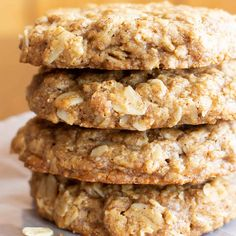 Simple & Easy Vegan Oatmeal Cookies (GF) - Beaming Baker Marcella's modifications: Exclude gloves and use two drops of nutmeg essential oil Cook steel cut oats and substitute rolled oats with same amount Exclude coconut sugar Vegan Oatmeal Cookies, Oat Cookie Recipe, Oatmeal Cookie Recipes, Oats Recipes, Vegan Dessert Recipes, Whole Food Recipes, Healthy Desserts, Sugar Free Oatmeal, Gluten Free Oatmeal