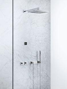 8. Daarnaast vind ik het als man leuk om ook gadgets in de badkamer te hebben, zoals een touchscreen om de kraan mee te bedienen. Ook de regendouche is natuurlijk welkom!
