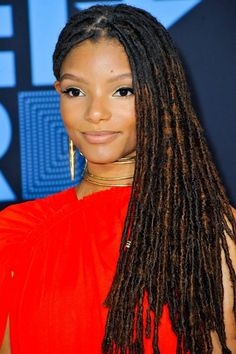 Chloe Halle Bailey of Chloe x Halle arrives at the 2017 BET Awards at. Faux Locs Hairstyles, Girl Hairstyles, Trendy Hairstyles, Black Hairstyles, Wedding Hairstyles, Chloe Halle, Curly Hair Styles, Natural Hair Styles, Locs Styles