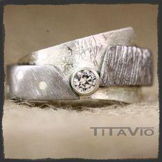 Titaniumring met zilver en zirkonia fantasie