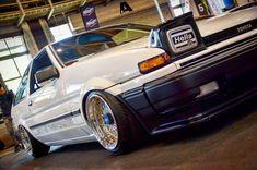 Best classic cars and more! Toyota 86, Toyota Cars, Best Classic Cars, Modern Classic, Ae86, Japan Cars, Jdm Cars, Toyota Corolla, Honda Civic