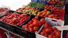 ISPIRAZIONE é rosso come la passione di questi pomodori che racchiudono un cuore pieno di sole e di sapore...