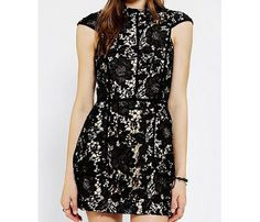 Sexy Fall Dresses for Every Body Type: Cameo Brakelight Lace Dress, $196. #SelfMagazine