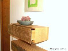 """Wer kennt das nicht.... die vielen Kleinigkeiten brauchen auch ihren Platz! Diese kleinen #Wandkästchen bieten Stauraum für die täglichen Gebrauchsgegenstände (Schlüssel, Handyladegerät, Geldbörse....) immer griffbereit und überall einsetzbar. Nett dekoriert sind diese """"Schubladen"""" ein echter Hingucker. #Kleinmöbel #Möbel #Wohnaccessoires  http://a-zone-art-house.de/produkt/wandkaestchen/"""