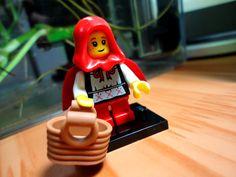 "Lego mini figures 7 ""Grandma Visitor"""