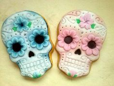 Day of the dead, #pastel pink & blue skull #cookies