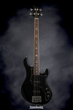 PRS SE Kestrel Bass - Black | Sweetwater.com. 4-string Bass Guitar with Alder Body, Maple/Walnut Neck, Rosewood Fingerboard, and 2 Single-Coil Pickups - Black