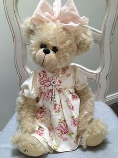 Kirsty by Shaz Bears