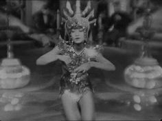 Piccadilly (Ewald André Dupont, 1929)  The delightful Anna May Wong.