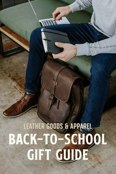 Our Back to School Gift Guide has you covered for all your high school, college, and grad school stu Back To School Outfits For College, High School Outfits, Back To School Gifts, Mens Boots Fashion, Mens Fashion Week, Men's Fashion, Best Gifts For Men, Best Friend Gifts, Collage Outfits