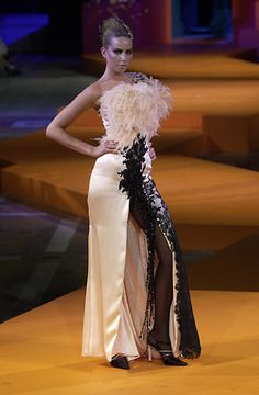 Christian Lacroix Fall Winter 2000 Haute Couture Collection