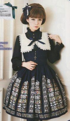 That collar... via Lolita in the sky with diamonds