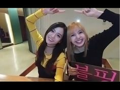 [ENGSUB] BLACKPINK Lisa and Jisoo together doing broadcast