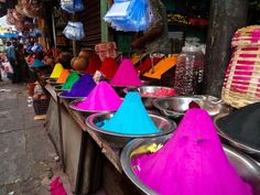 Colour is everywhere, even in the markets