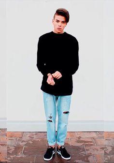 Luca Fersko outfit for men                                                                                                                                                      Mais