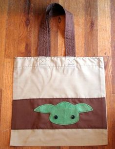 Dollar Store Crafts - Make a Reusable Grocery Tote - Yoda Style! Star Wars Crafts, Geek Crafts, Crafts To Make, Dollar Store Crafts, Dollar Stores, Craft Projects, Sewing Projects, Craft Ideas, Reusable Grocery Bags