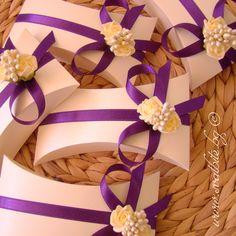 Сватбена покана папирус Вероника - екрю и тъмно лилаво / Wedding invitation papyrus Veronica - ivory and dark purple / www.svatbite.bg