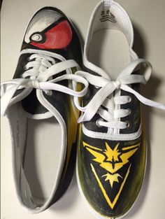 Team Instinct Shoes by ShoesbySues on Etsy