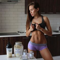 Fitspiration, motivation, some fashion. Good Looking Women, Insta Models, Russian Models, Fitspiration, Fitspo, Bikinis, Swimwear, How To Look Better, Crop Tops