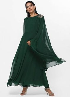 Hijabi Gowns, Clothing Websites, Asian, Formal, Clothes, Art, Style, Preppy, Kleding