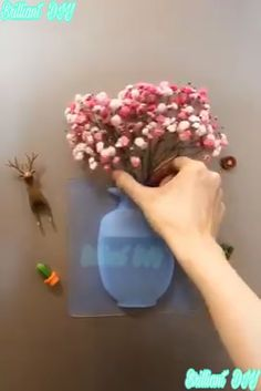 Aamazing life hacks to decorate your house. Diy Home Crafts, Fun Crafts, Cardboard Frames, Hippie House, Everyday Hacks, Burlap Christmas, Useful Life Hacks, Hacks Diy, Cool Diy Projects