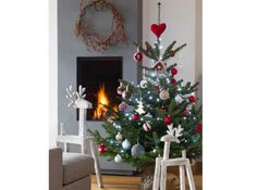 Red, white and green colors for a traditional Christmas tree