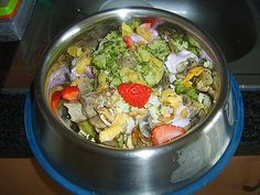 pork, broccoli, champignons, strawberries, kefir, cornflakes