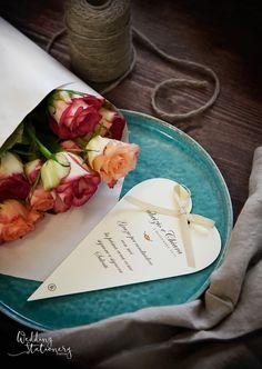 Cuori e Nastri sono elementi facili da abbinare, ma al tempo stesso molto raffinati e romantici se inseriti in un tema ben coordinato di wedding stationery.