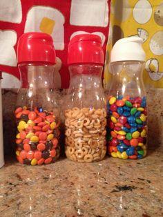 Reuse coffee-mate creamer bottles m&ms reesepieces snacks toddlers kids Jar Storage, Food Storage, Kitchen Storage, Storage Ideas, Kitchen Hacks, Storage Containers, Kitchen Gadgets, Reuse Jars, Recycle Plastic Bottles