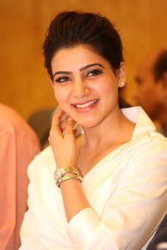Samantha Ruth Prabhu is Indian Actress and Model. Samantha most popular and highest paid actress in South India. Samantha Images, Samantha Ruth, South Actress, South Indian Actress, Babe, Sr1, Actor Photo, Actor Picture, Latest Images