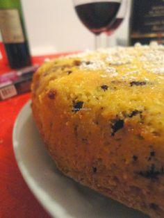 quattro quarti alla ricotta con farina di kamut, frutta secca e cioccolato (senza burro e senza lievito)