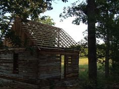 A Retired Mathematician Found An 1830s Cabin In The Woods. What He Did With It Is Perfection 4 - https://www.facebook.com/diplyofficial