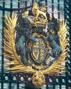 Royal coat of arms and Shield -   Buckingham Palace