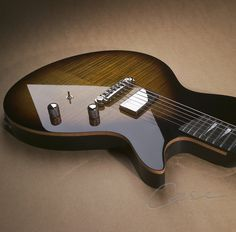 Case Guitars - J1 Flat top, tobacco burst