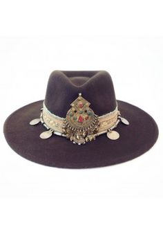 Ibiza Gypsy Hat Winter Marrón: Fall Felted hat plus jewels and gold.