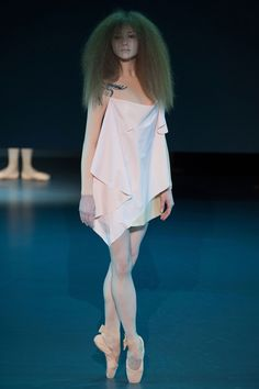 SPRING 2014 COUTURE VIKTOR & ROLF COLLECTION, walked down the runway en pointe by Dutch Royal Ballet dancers