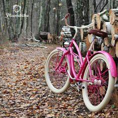 Buenos días! Algo para los amantes del color rosa  Diseña tu propia bicicleta con nuestro configurador en www.favoritebike.com #biciclasica #diseño #fashion #rosa #viernes #weekend #bicicletaurbana #friday #navidad #invierno #favoritebike #instadaily #picoftheday #pinky #lovely #instabike #mybike #beachcruiser #xmas #regalo #plumbike #buenosdias