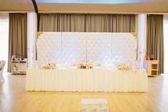 Prezidiu Wedding Centerpieces, Curtains, Home Decor, Blinds, Decoration Home, Room Decor, Draping, Home Interior Design, Picture Window Treatments