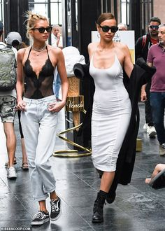 Irina Shayk Fashion With Stella Maxwell in Italy June 2019 - Star Style Star Fashion, Paris Fashion, Fashion Models, Fashion Outfits, Fashion Weeks, Star Clothing, Woman Clothing, Fashion Tips For Women, Womens Fashion