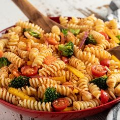 Want to learn how to make pasta salad? Try our quick and easy pasta salad recipe made with savory vegetables, hearty pasta, and Salad Supreme Seasoning now! Salad Supreme Pasta Salad Recipe, Salad Supreme Seasoning Recipe, Mccormick Recipes, Pasta Salad Recipes, Vegtable Pasta, Salad Recipes Healthy Lunch, Summer Pasta Salad, Vegetable Dishes, Vegetarian