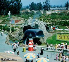 Storybook Land premiered in 1956 Disneyland Images, Disney Images, Vintage Disneyland, Disneyland Park, Disneyland History, Disney Parks, Walt Disney, California History, Disneyland California