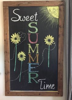 30 diy chalkboard ideas for decor chalkboard writing summer Summer Chalkboard Art, Chalkboard Doodles, Chalkboard Art Quotes, Blackboard Art, Kitchen Chalkboard, Chalkboard Decor, Chalkboard Drawings, Chalkboard Lettering, Chalk Lettering