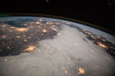 Expedition 42 Commander Barry Wilmore took this photograph of the Great Lakes and central U.S. on Dec. 7, 2014
