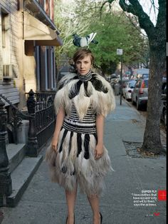 """Lena Dunham - """"I love clothes that have eccentricity and wit to them,"""" says the actress. Alexander McQueen black-and-white high-collar feather dress and matching capelet. Photographed by Annie Leibovitz, Vogue, February 2014 Lena Dunham, Annie Leibovitz, Vogue Photo, Vogue Us, Ellen Von Unwerth, Vogue Covers, Girls Generation, Girls Hbo, High Fashion Looks"""